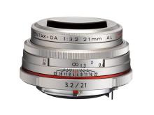 HD Pentax DA 21mm F3,2 Limited silver vastavalosuojalla
