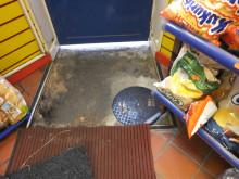 Op Batmobile - under shop floor mats fake drain cover NW04/15