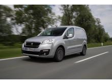 Sverigepremiär för fler varianter av populära Peugeot Partner