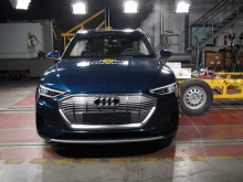 Audi e-tron Side crash test May 2019
