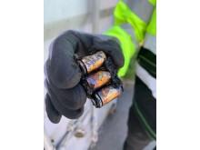 Et vanlig 9 volts batteri etter at det har ekspoldert