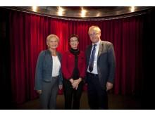 Årets Bröstsjuksköterskor Maria Forssell och Britt Andersson, samt Jan Frisell, mottagare av BROs Utmärkelse 2011
