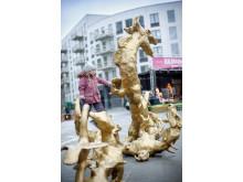 Stora torget i Barkarbystaden invigt och invaderat av drakar