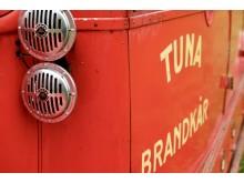 Köpte brandbilar från lokala brandkårer