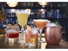 Viele Cocktail Klassiker lassen sich auch ganz ohne Plastikstrohhalm genießen