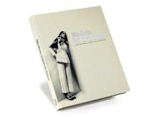 Boken Modets bildvärldar utgiven 4.12 2012. Röhsska museet