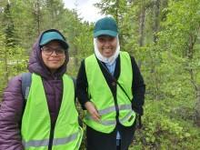 Pooja Yadav och Dalia Yacout uppskattade skogsbesöket.