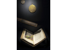 Astrolabium litet förgylld mässing, Martin Weiler, Eisleben, 1590 & stort, förgylld mässing, Tyskland, 1540-70