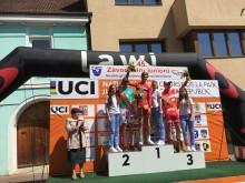 Iver Knotten på toppen av pallen etter etappeseier i Lille Fredsrittet 2016