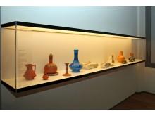 GRASSI Museum für Angewandte Kunst - Keramikobjekte von Christopher Dresser