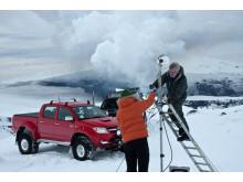 Installation av GPS station på Island