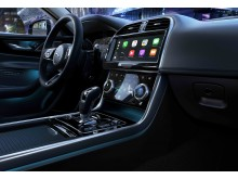 jaguar XE Interior1