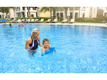 Svømmeskole med Apollo i Dubai