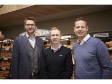 Adm. direktør for Lidl Danmark, Dirk Fust, butikschef, Anders Földes Wessel og udviklings- og ejendoms-direktør for Lidl, Mads T. Nielsen ved åbningen af Lidl-butikken på Amagerbrogade på Amager.
