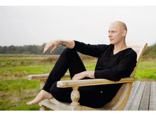 'Jeg passer godt på mine fødder', siger Jim Lyngvild til magasinet Gå Godt