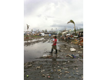Tacloban knappt tre veckor efter Haiyan