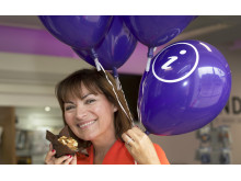 Promoting Dundee is a piece of cake for Lorraine
