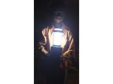 Ambarish lyser upp i mörkret