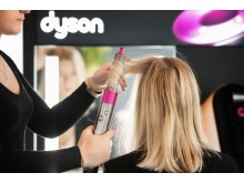 Dyson Airwrap_Styling 2