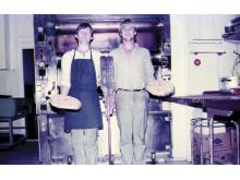 Kent och Lennart bakar i Mandelbageriet