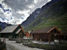 Häuser, Ställe und Einfriedungen wie vor 1200 Jahren