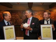F.v: Hotelldirektør på Scandic Nidelven, Kjetil Vassdal, Stephen Twining og Food & Beverage Manager på Scandic Nidelven, Lasse Waagbø.