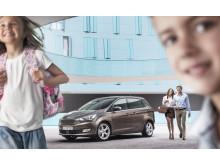 Nye Ford Grand C-MAX er en strålende familiebil