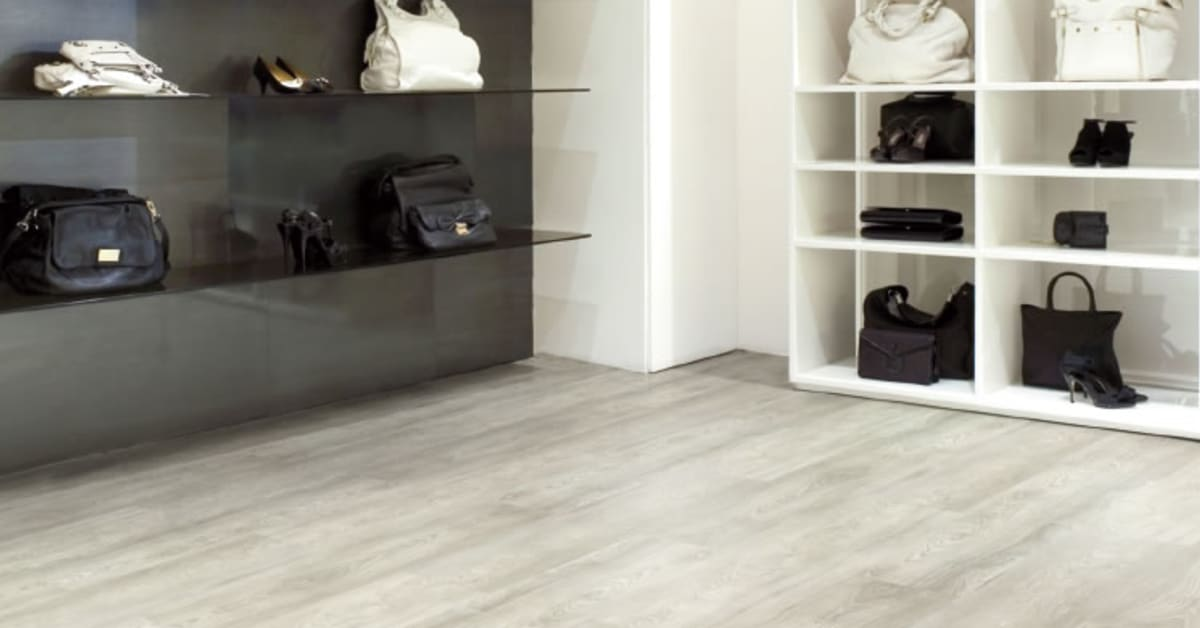 White Oak Light Design High End Resilient Flooring