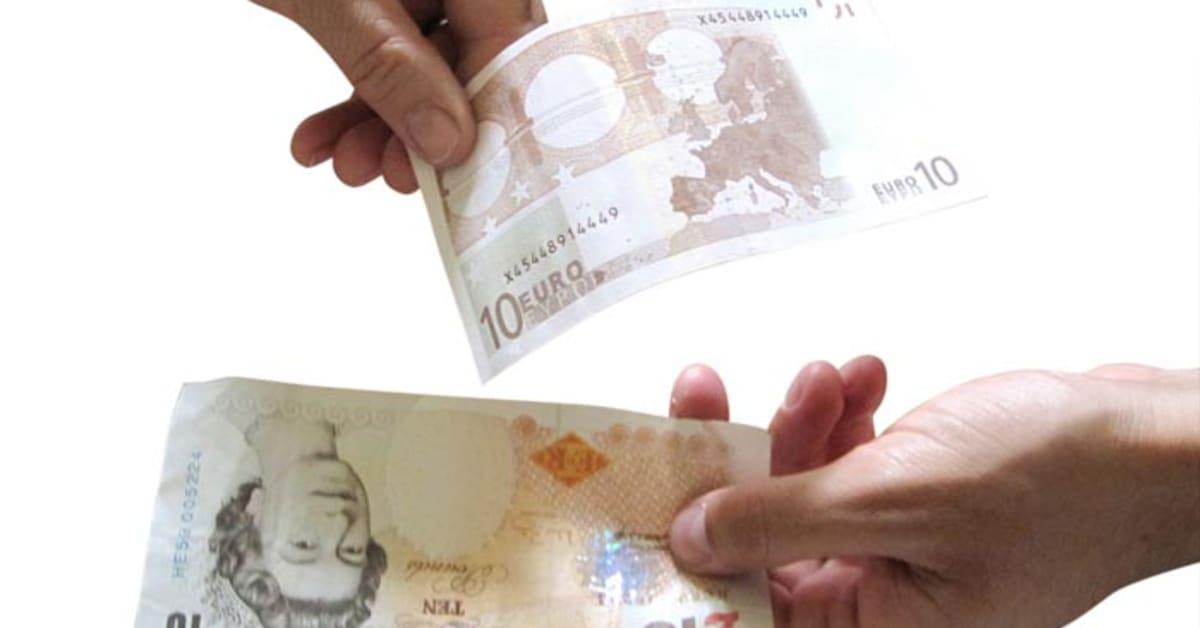 Der trace32.info Währungsrechner bietet eine sekundenschnelle Währungsumrechnung von Britische Pfund in Dollar. Urlauber in England können hier Umrechnungen zu tagesaktuellen Kursen vornehmen.