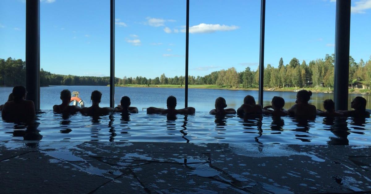 spa i jönköping sexiga kläder för kvinnor