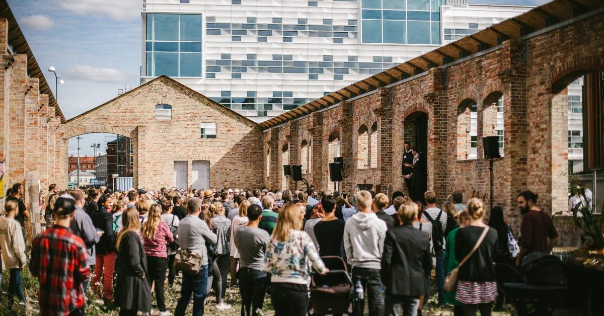 Facebook x betygsatt avsugning i Malmö
