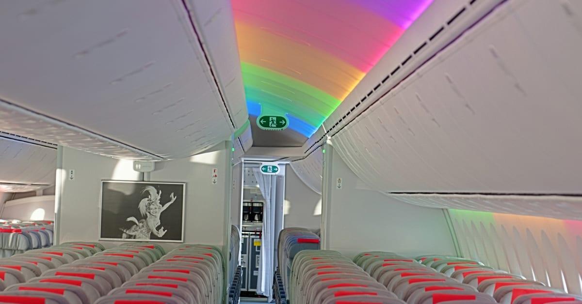 787 dreamliner interior norwegian for Interior 787 air europa