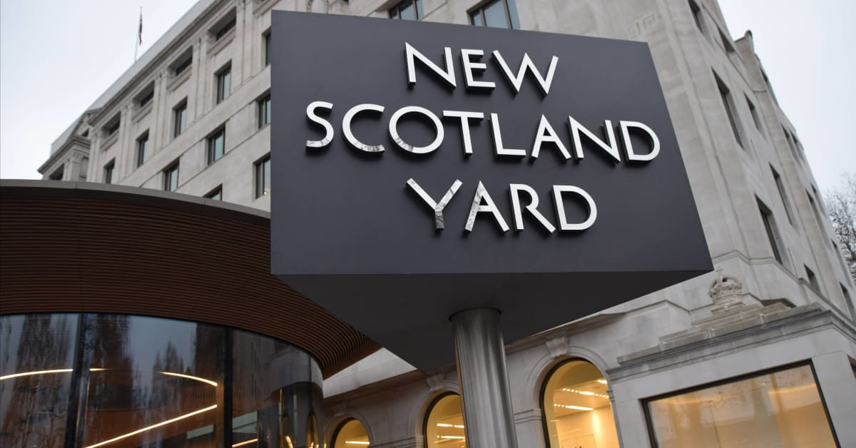 Incident in Seven Sisters Road