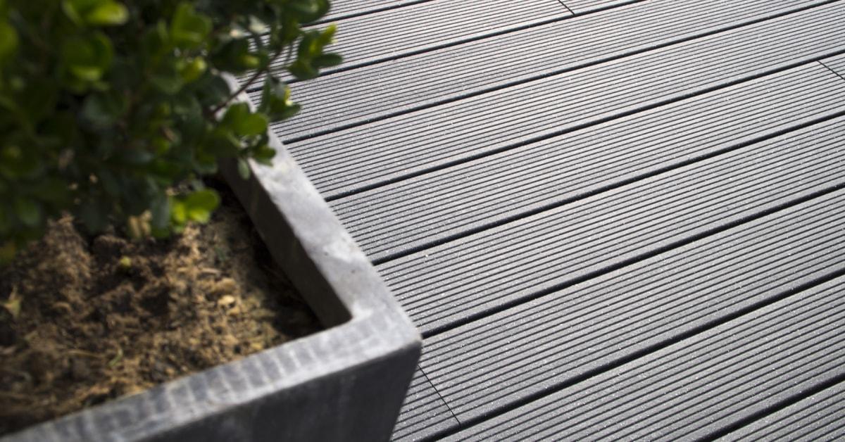 Komposit terrasse vedligeholdelse
