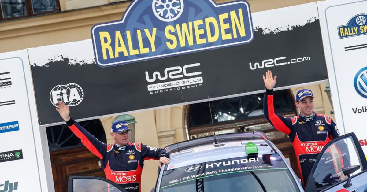 hyundais haydon paddon kom tv a i rally sweden hyundai sverige. Black Bedroom Furniture Sets. Home Design Ideas