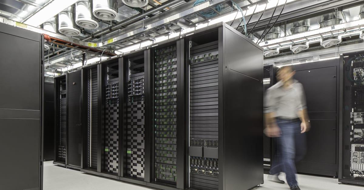 Data Storage System : Hitachi data systems emea
