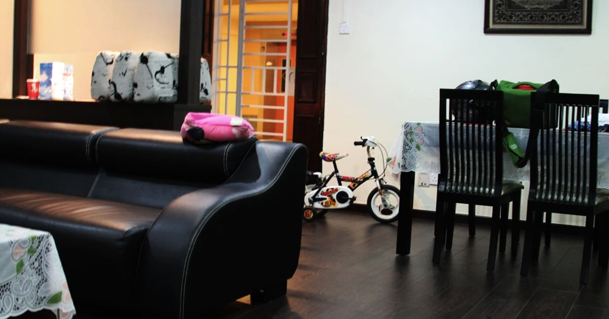 Laminate Flooring Vs Wood Flooring The Pros And Cons