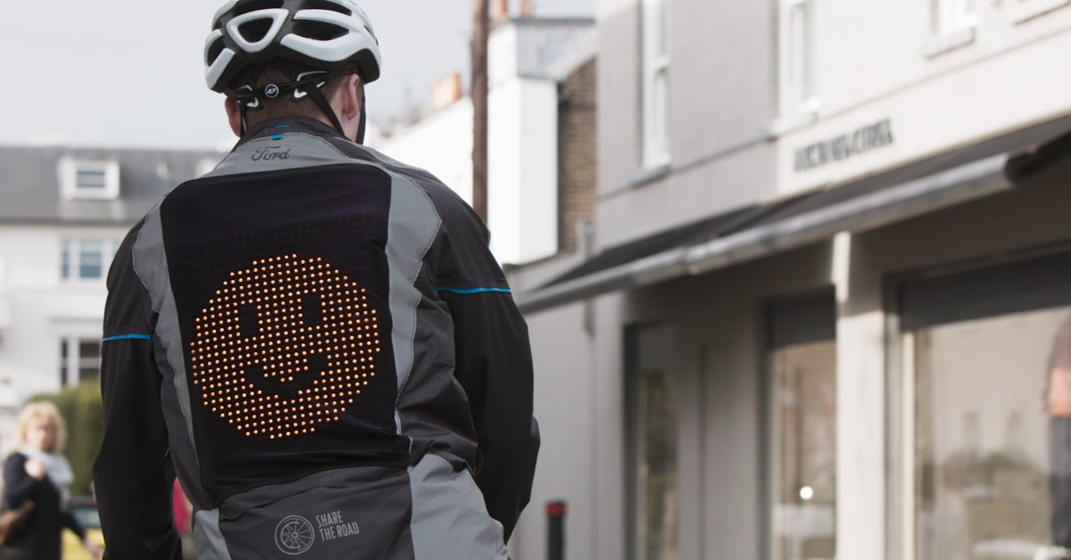 Smart Ford jakke med både blink og bremselys! – Text Page