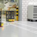 SSI Schäfers førerløse truck (AGV) Weasel i aktion hos Bachmann Forming AG