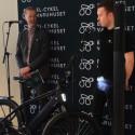 Presentation Stromer ST2. Jakob Florell, försäljningsansvarig elfordon på KGK visar en av marknadens häftigaste elcyklar.
