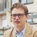 Kieran Long, ArkDes, Arkitektur- och designcentrum i Stockholm kommenterar betydelsen av expot Vallastaden 2017 (eng)