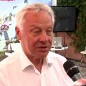Bengt Westerberg intervjuas under mötesplats Full delaktighet i Almedalen