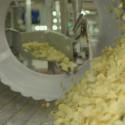 Följ med in i chipsfabriken!