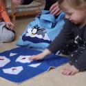 Se hur vi leker med Sagopåsen och följer läroplanen !