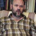 Röster ur näsan -en kortfilm om och med konstnären Mats Konradsson som målat schizofreni i 30 år
