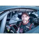 Alexander Graff dubblerar i V8 Thunder Cars och Europa