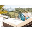 7 av 10 svenskar reser på solsemester för att slappa och ha det skönt