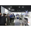 Khach di tham quan trung tam trung bay Panasonic Solution and Innovation Center Vietnam (1)