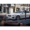 Volvo Cars har satt målet att sälja en miljon elektrifierade bilar till år 2025