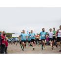 Fira nationaldagen med att springa för andra!